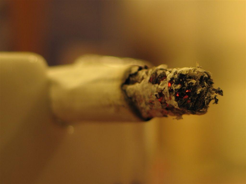 Almindelige cigaretter afløses af elektroniske